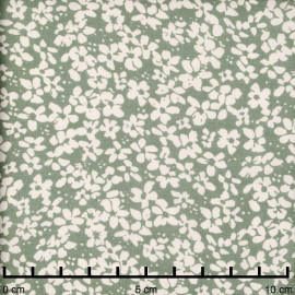 Tissu viscose vert sauge à motif petite marguerite blanc cassé   pretty mercerie   mercerie en ligne