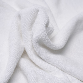Tissu microfibre éponge anti-bactérien blanc oekotex | Pretty Mercerie | mercerie en ligne