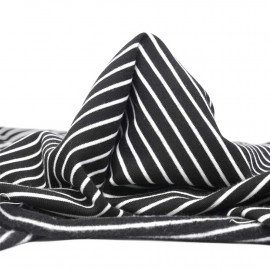 Tissu sweat gratté marinière noir et blanc | pretty mercerie | mercerie en ligne
