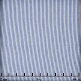 Tissu coton et Tencel bleu claire à motif tissés fines rayures blanches   Pretty mercerie   mercerie en ligne