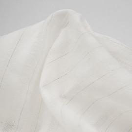 Tissu coton blanc à motif lignes brodées et fil lurex doré   pretty mercerie   mercerie en ligne