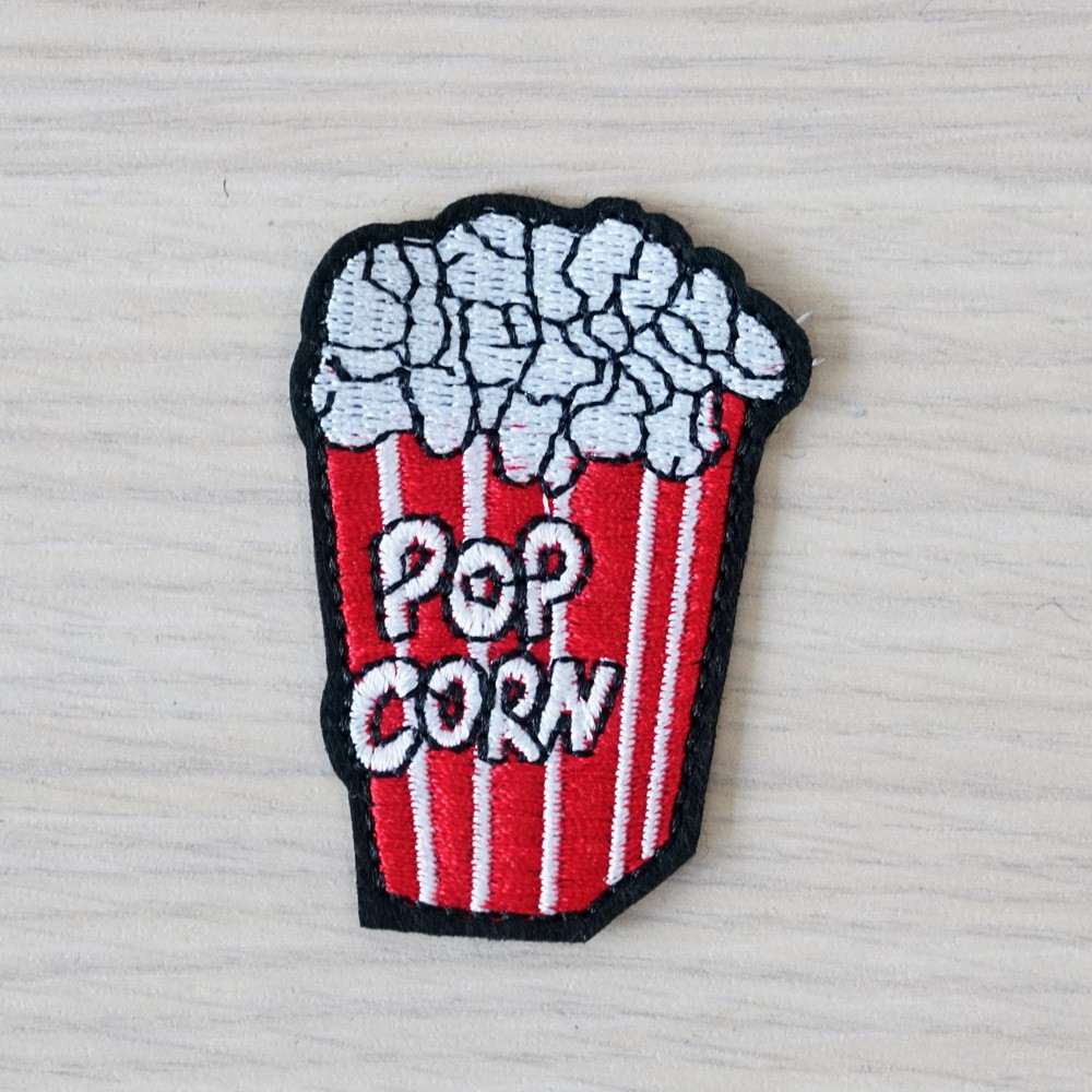 Badge brodé Pop Corn- pretty mercerie - customization - mercerie en ligne - mercerie pas cher