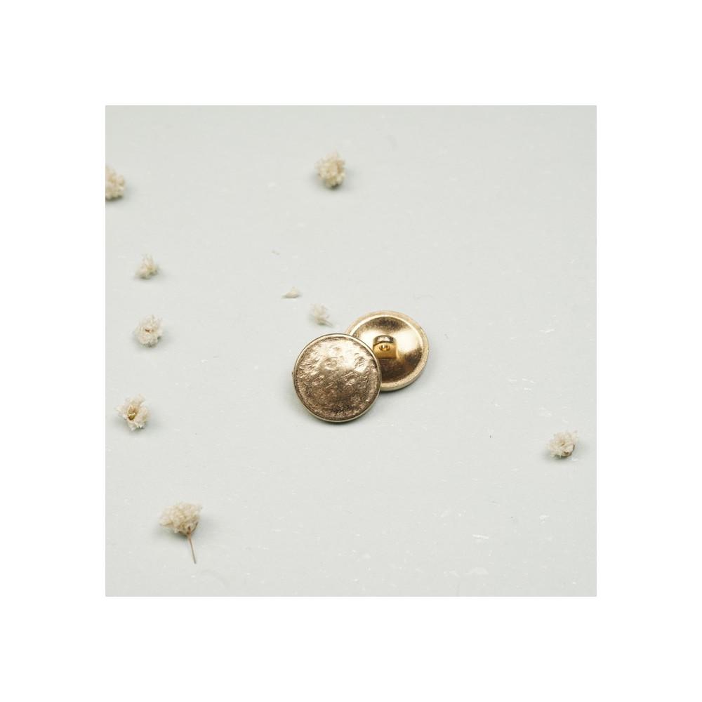 Bouton métal or effet martelé - mercerie en ligne - pretty mercerie